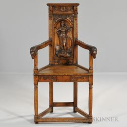 French Gothic Revival Carved Walnut Caqueteuse