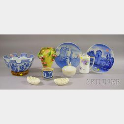 Ten Pieces of Miscellaneous Porcelain and Pottery