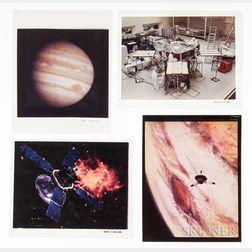 Viking and Voyager, Mars and Jupiter, Seventy-four Color Slide Transparencies.