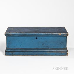 Small Blue-painted Pine Dovetailed Storage Box