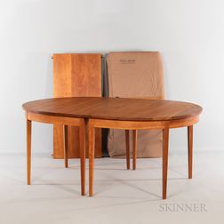 Thomas Moser Oval Ring Eight-Leg Dining Table