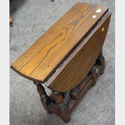 Diminutive William & Mary Style Oak Drop-leaf Gate-leg Table.