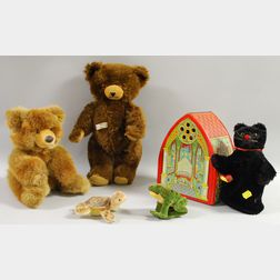 Five Stuffed Animals and a Chien Lithographed Tin Wind-up Toy
