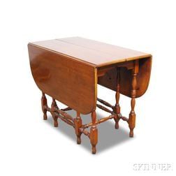 William and Mary-style Gate-leg Drop-leaf Table