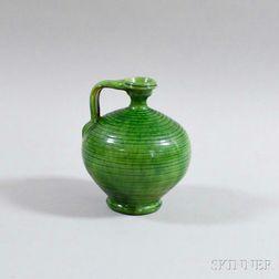 Spherical Green-glazed Jar