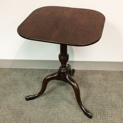 Queen Anne Mahogany Tilt-top Candlestand