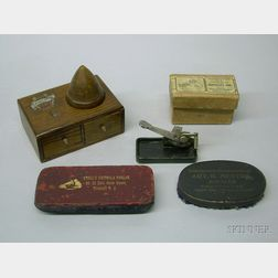 Group of Mixed Phonograph Accessories