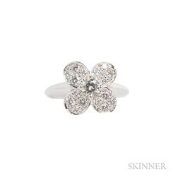 18kt White Gold and Diamond Ring, Van Cleef & Arpels