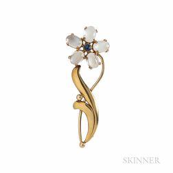 Retro Wordley, Allsopp & Bliss 14kt Gold and Moonstone Flower Brooch