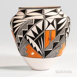 Large Contemporary Acoma Pottery Jar