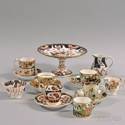 Fifteen Imari-palette Porcelain Items