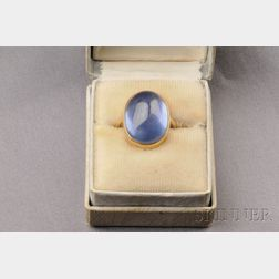 18kt Gold and Cabochon Sapphire Ring