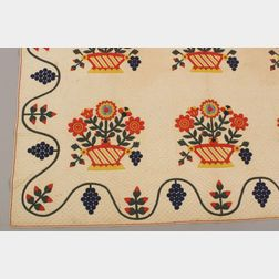 Pieced and Appliqued Cotton Baltimore Flower Basket Pattern Quilt