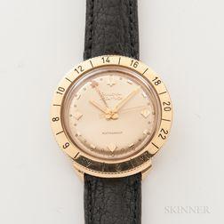 "Bulova Accutron ""Astronaut"" 18kt Gold Wristwatch"