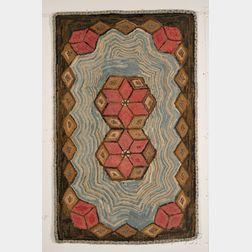 Wool Geometric Patterned Hooked Rug