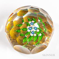 Saint Louis Honeycomb Floral Bouquet Paperweight