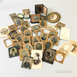 Small Group of Daguerreotype, Ambrotype, and Tintype Portraits.     Estimate $100-200