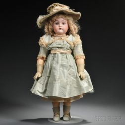 Kammer & Reinhardt 192 Bisque Socket Head Child Doll