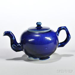 Littler's Blue   Decorated White Salt-glazed Stoneware Teapot and Cover