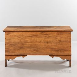 Maple Six-board Chest
