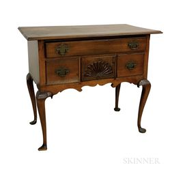 Queen Anne Fan-carved Cherry Dressing Table