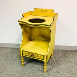 Federal Paint-decorated Poplar Washstand
