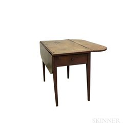 Federal Tiger Maple One-drawer Pembroke Table
