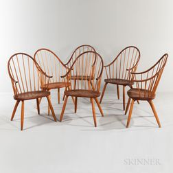 Six Thomas Moser Cherry Bow-back Dining Chairs