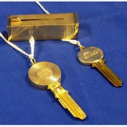 14kt Yellow Gold Lipstick Case with Two 14kt Mounted House Keys.