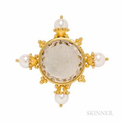 Elizabeth Locke 18kt Gold and Mother-of-pearl Chinese Gaming Counter Brooch