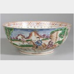 Chinese Export Porcelain Polychrome Enameled Hunt Bowl