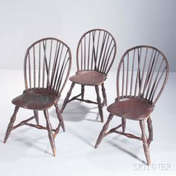 Set of Three Brown-painted Braced Bow-back Windsor Side Chairs