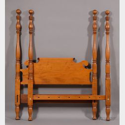 Classical-style Tiger Maple Ball-top Tall Post Bed