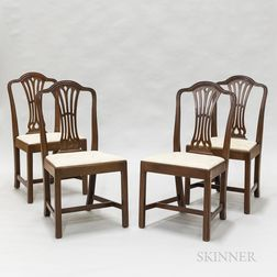 Four Federal-style Mahogany Chairs