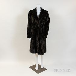Roberts/Neustadter Mink Mid-length Coat, Scarf, and Hat