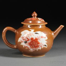 Chinese Export Porcelain Batavia Ware Covered Teapot