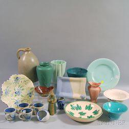 Nineteen Assorted Ceramic Items
