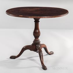 Georgian Mahogany and Mahogany-veneered Tilt-top Tea Table