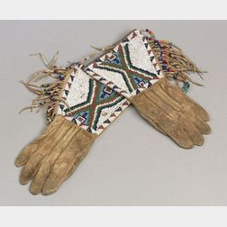 Central Plains Beaded Commercial Leather Gauntlets