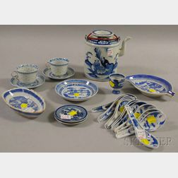 Twenty-four Pieces of Chinese Export Porcelain Canton-type Tableware