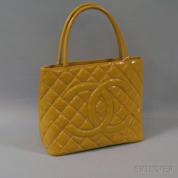 Chanel Nude Quilted Patent Leather Shoulder Bag