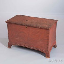 Small Grain-painted Pine Six Board Chest