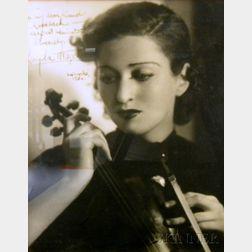 Kayla Mitzel