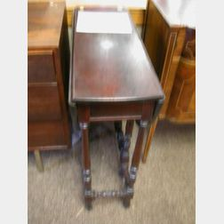 Small William and Mary Style Mahogany Drop-leaf Gate-leg Table.