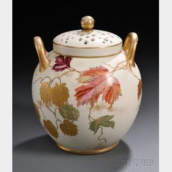 Wedgwood Ivory Vellum Potpourri and Cover