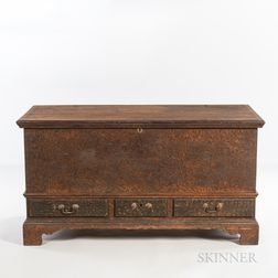 Putty-painted Yellow Pine Dower Chest