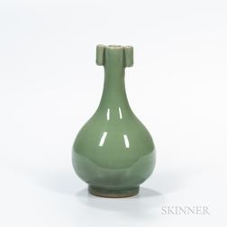 Longquan Celadon-glazed Bottle Vase