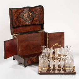 Cased Liquor Set