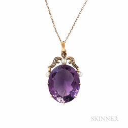 Gold and Amethyst Pendant