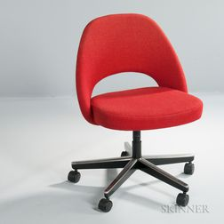 Eero Saarinen Office Chair